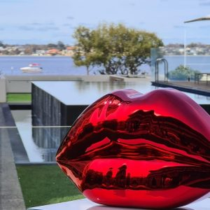 "Niclas Castello's ""The Kiss"" sculpture product"